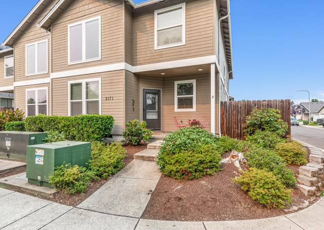 3171 Forest Hills Drive B, Medford, OR 97504 (MLS #220128987) :: Vianet Realty