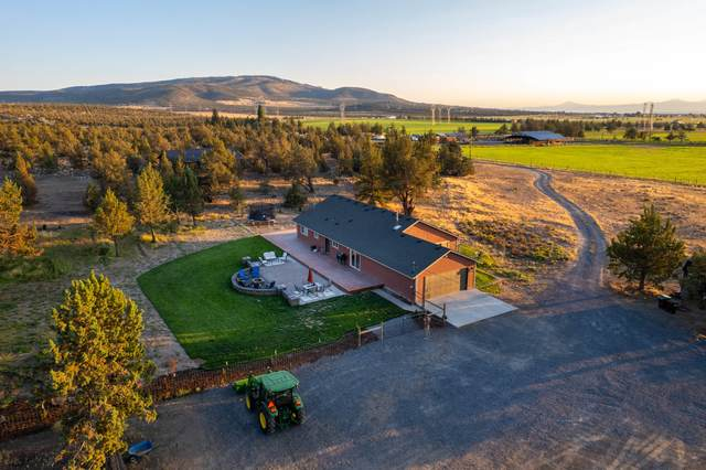 7200 SW Hwy 126, Powell Butte, OR 97753 (MLS #220129195) :: Coldwell Banker Sun Country Realty, Inc.