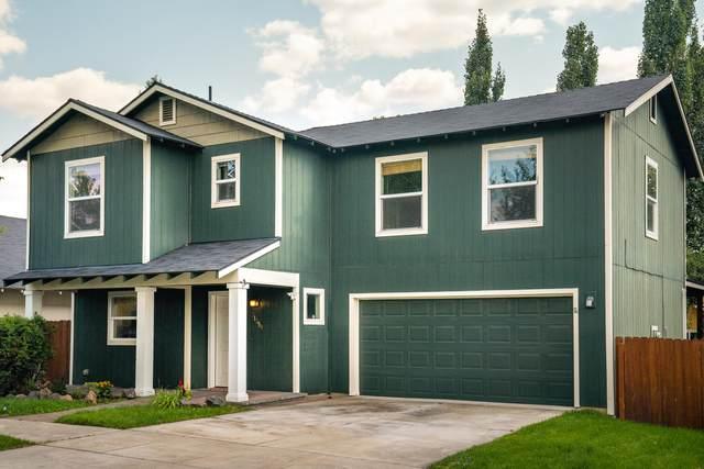 21359 Pecoraro Loop, Bend, OR 97701 (MLS #220129570) :: Chris Scott, Central Oregon Valley Brokers