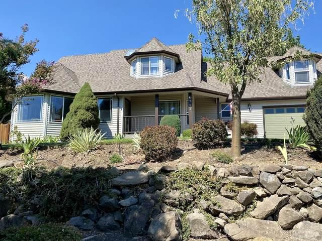 4791 Cloudcrest Drive, Medford, OR 97504 (MLS #220129885) :: Vianet Realty
