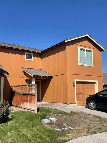 982 SE Kierra Place, Madras, OR 97741 (MLS #220130204) :: The Riley Group
