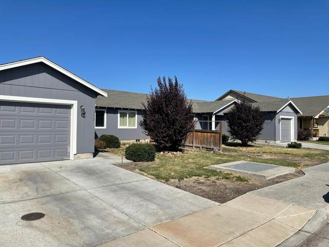 948 - 952 Kierra Place, Madras, OR 97741 (MLS #220130209) :: The Riley Group