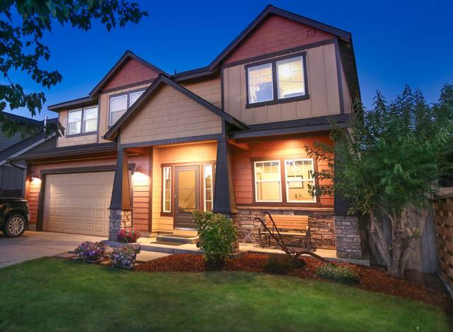 61764 Darla Place, Bend, OR 97702 (MLS #220130221) :: Coldwell Banker Bain