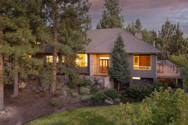 2281 NW Fernie Court, Bend, OR 97703 (MLS #220130689) :: Coldwell Banker Bain