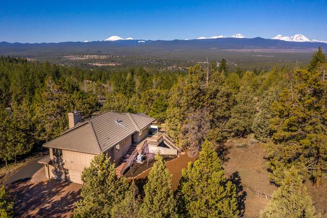 2634 NW Three Sisters Drive, Bend, OR 97703 (MLS #220130869) :: Bend Relo at Fred Real Estate Group