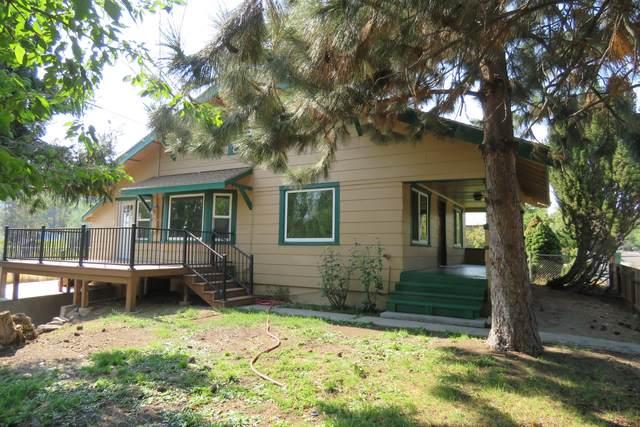 610 N 11th Street, Klamath Falls, OR 97601 (MLS #220130910) :: The Riley Group