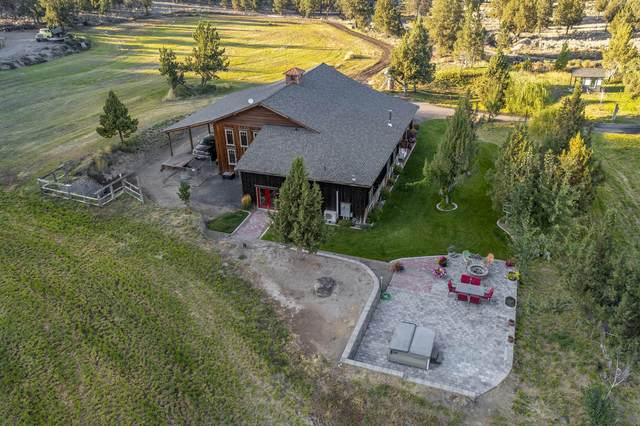 3441 SE Juniper Canyon Road, Prineville, OR 97754 (MLS #220131338) :: Chris Scott, Central Oregon Valley Brokers