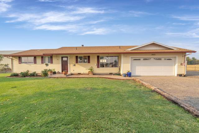 5805 Peace Lane, Central Point, OR 97502 (MLS #220131437) :: Berkshire Hathaway HomeServices Northwest Real Estate