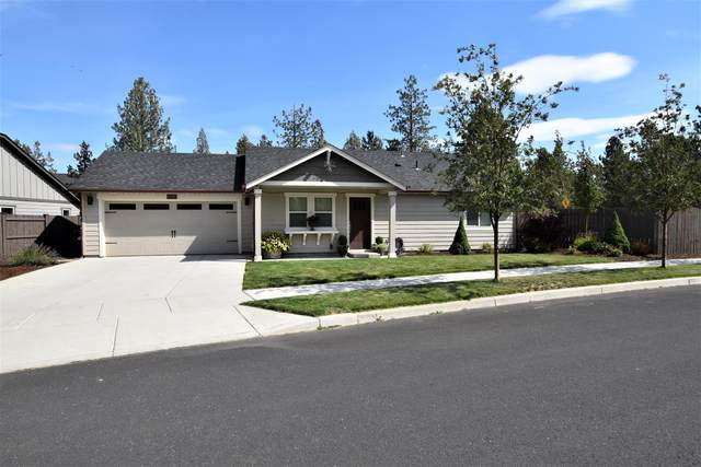 60992 SE Sweet Pea Drive, Bend, OR 97702 (MLS #220131521) :: Arends Realty Group