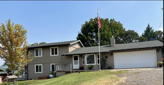 13644 Agate Road, Eagle Point, OR 97524 (MLS #220131541) :: Arends Realty Group