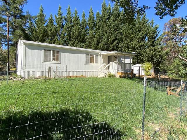 8386 Lower River Road, Grants Pass, OR 97526 (MLS #220131758) :: Berkshire Hathaway HomeServices Northwest Real Estate