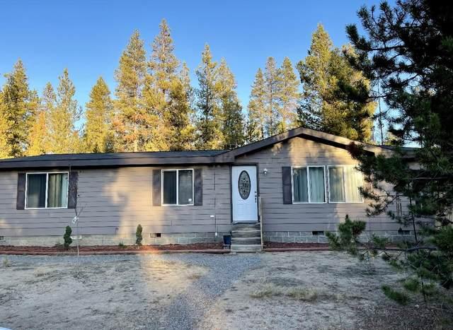 52220 Dustan Road, La Pine, OR 97739 (MLS #220131871) :: Vianet Realty