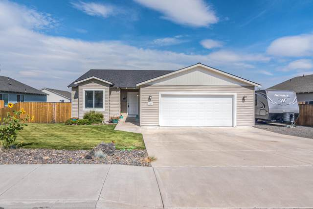 583 E D Street, Culver, OR 97734 (MLS #220131939) :: Premiere Property Group, LLC