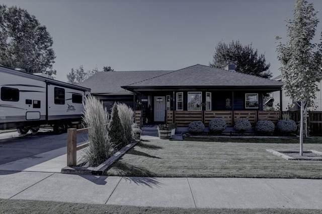 61365 Elkhorn Street, Bend, OR 97702 (MLS #220131979) :: Schaake Capital Group