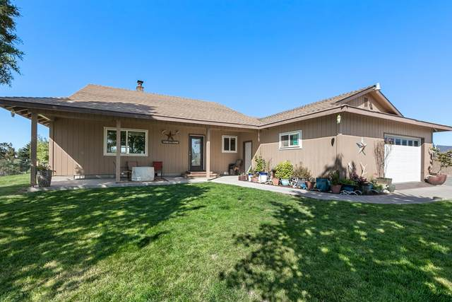 6045 NW Puckett Road, Prineville, OR 97754 (MLS #220132033) :: Bend Homes Now