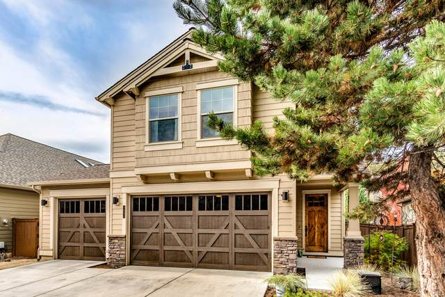 3031 NW Clubhouse Drive, Bend, OR 97703 (MLS #220132268) :: Vianet Realty
