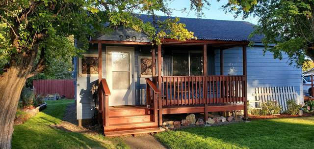 280 SE Dunham Street, Prineville, OR 97754 (MLS #220132878) :: Coldwell Banker Sun Country Realty, Inc.