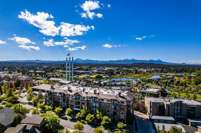 363 SW Bluff Drive #108, Bend, OR 97702 (MLS #220133235) :: Bend Homes Now