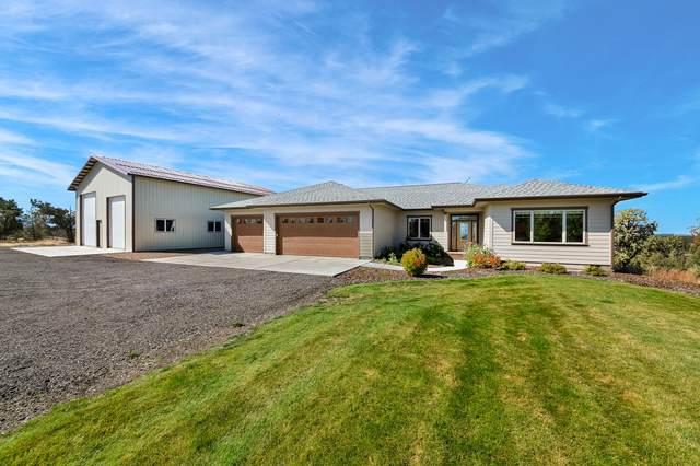 62860 Deschutes Road, Bend, OR 97701 (MLS #220133498) :: Bend Homes Now