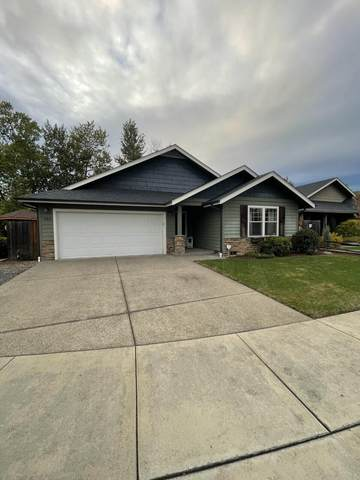 388 SW Wagner Meadows Drive, Grants Pass, OR 97526 (MLS #220134122) :: FORD REAL ESTATE