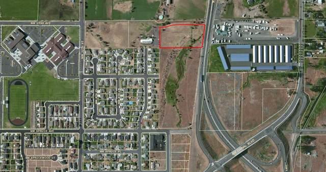 3181 N Highway 97, Redmond, OR 97756 (MLS #201406753) :: Chris Scott, Central Oregon Valley Brokers