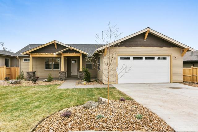 3663 SW 47th Street, Redmond, OR 97756 (MLS #201708093) :: Windermere Central Oregon Real Estate