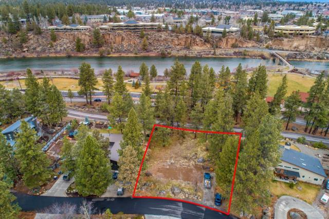 61689 Cedarwood Road, Bend, OR 97702 (MLS #201802669) :: Pam Mayo-Phillips & Brook Havens with Cascade Sotheby's International Realty