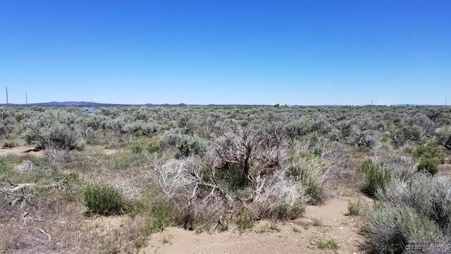 0 Summer (Lot 16) Street, Christmas Valley, OR 97641 (MLS #201804805) :: The Ladd Group