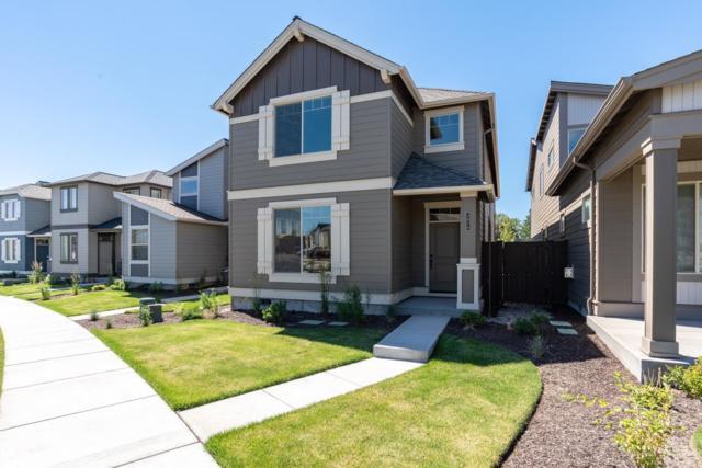 3876 SW Coyote Lane, Redmond, OR 97756 (MLS #201807247) :: Stellar Realty Northwest