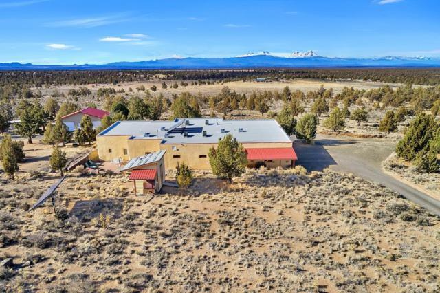 27492 SE Tumalo Way, Prineville, OR 97754 (MLS #201808567) :: Team Birtola | High Desert Realty