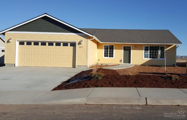 302 Blue Grass Drive, Culver, OR 97734 (MLS #201811291) :: Team Birtola | High Desert Realty