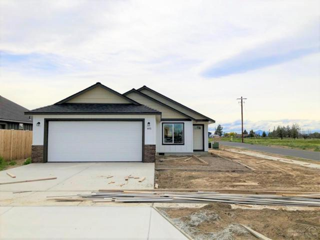 493 NW 30th Street, Redmond, OR 97756 (MLS #201811644) :: Fred Real Estate Group of Central Oregon