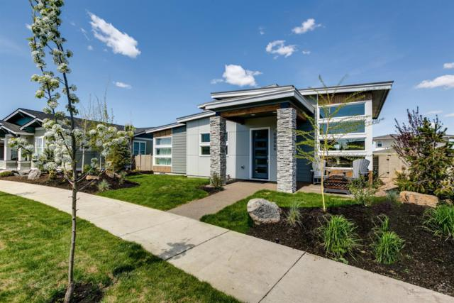60069 SE Ruby Peak Loop, Bend, OR 97702 (MLS #201901193) :: Fred Real Estate Group of Central Oregon