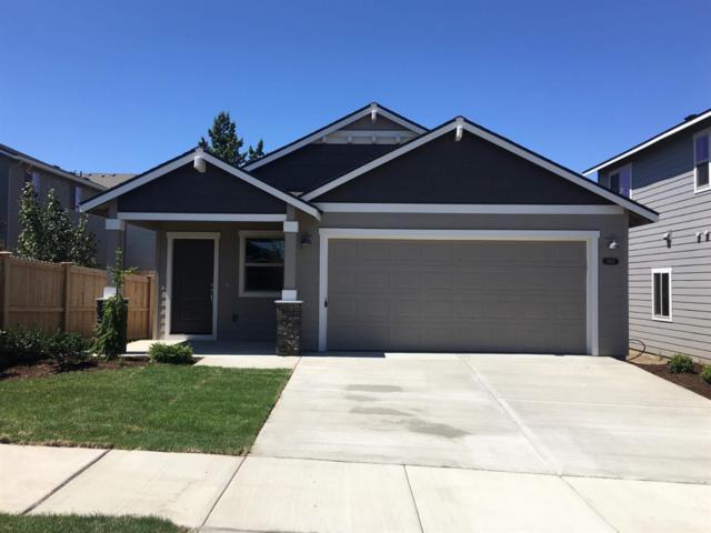 3163 NE Delmas Street, Bend, OR 97701 (MLS #201901736) :: Central Oregon Home Pros