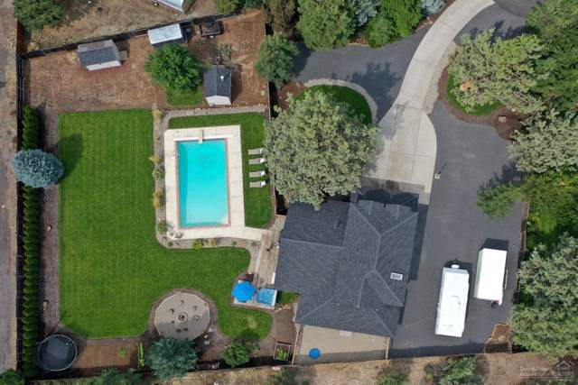 61256 King Jeroboam Avenue, Bend, OR 97702 (MLS #201903514) :: Berkshire Hathaway HomeServices Northwest Real Estate