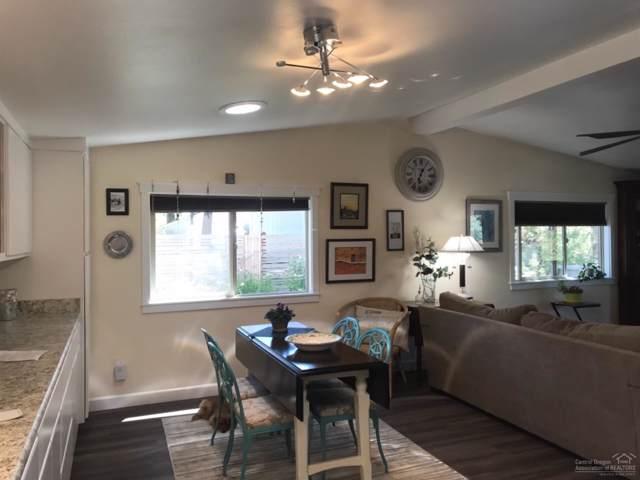 20721 NE Hoopskirt Court, Bend, OR 97701 (MLS #201905815) :: Berkshire Hathaway HomeServices Northwest Real Estate