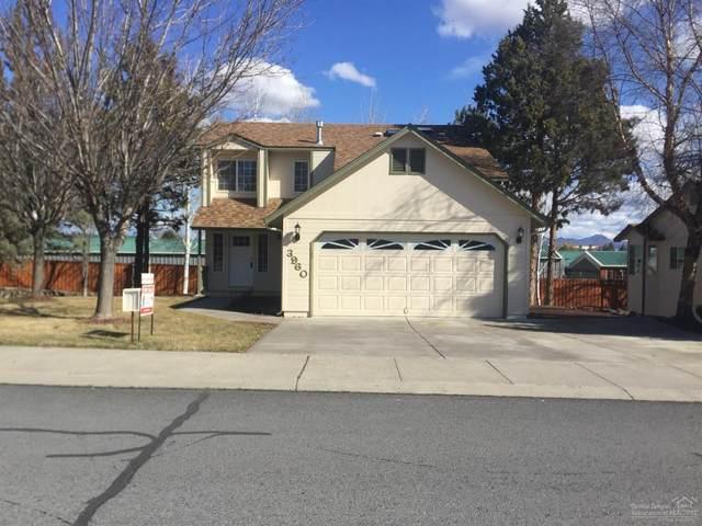 3960 SW Ben Hogan Drive, Redmond, OR 97756 (MLS #201909638) :: Bend Homes Now