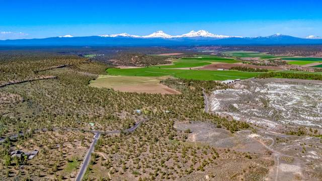 8309 NW 96th Court, Terrebonne, OR 97760 (MLS #201910345) :: Windermere Central Oregon Real Estate