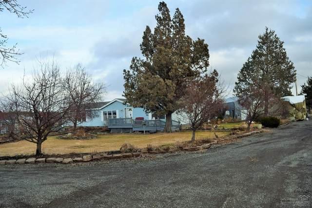 13781 SW Chipmunk, Terrebonne, OR 97760 (MLS #201911012) :: Bend Relo at Fred Real Estate Group