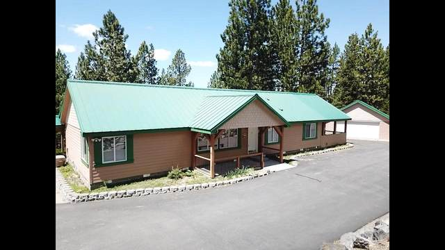 18858 Clear Spring Way, Crescent Lake, OR 97733 (MLS #202000720) :: Fred Real Estate Group of Central Oregon