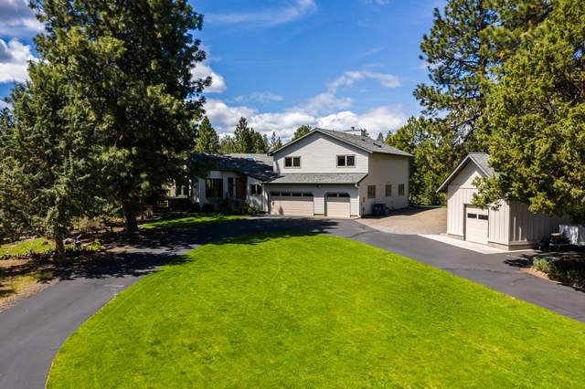 20383 Pine Vista Drive, Bend, OR 97702 (MLS #202002124) :: Berkshire Hathaway HomeServices Northwest Real Estate