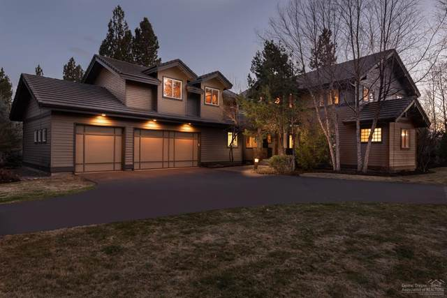 19357 Golden Lake Court, Bend, OR 97702 (MLS #202002402) :: The Ladd Group