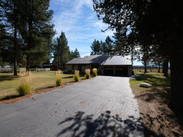 1052 S. Airport Dr, Crescent, OR 97733 (MLS #202002485) :: The Ladd Group