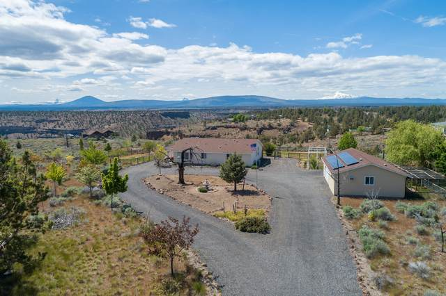 10539 SW Shad Road, Terrebonne, OR 97760 (MLS #220101349) :: Central Oregon Home Pros