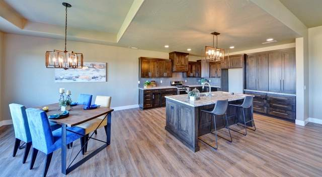 2636 Farmington Avenue, Medford, OR 97504 (MLS #220102512) :: Bend Relo at Fred Real Estate Group