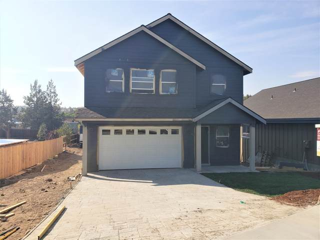 568 SW Lincoln Street, Madras, OR 97741 (MLS #220103050) :: Vianet Realty