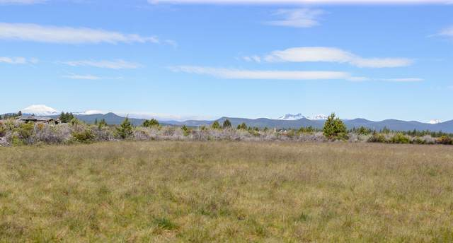 18620 Macalpine Loop, Bend, OR 97702 (MLS #220103714) :: Fred Real Estate Group of Central Oregon
