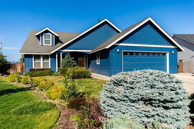 2256 NW Maple Court, Redmond, OR 97756 (MLS #220106441) :: Bend Relo at Fred Real Estate Group