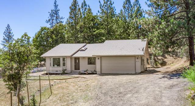 625 Kinworthy Drive, Shady Cove, OR 97539 (MLS #220107073) :: Berkshire Hathaway HomeServices Northwest Real Estate