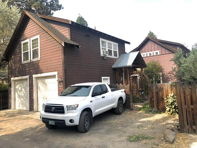 1469 NW Newport Avenue, Bend, OR 97703 (MLS #220107676) :: Bend Relo at Fred Real Estate Group